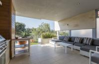 Cottesloe Luxury Villa- Outdoor Entertaining Area- Short stay holiday accommodation rentals