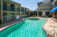 Scarborough Seaside Apartment 121 - Pool - Short term accommodation in Perth Western Australia