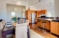Cottesloe Beach House I - Dining Area/Kitchen - holiday accommodation rentals for short term stays in Perth