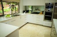 The Classic Australian Family House - Kitchen - holiday accommodation rentals for short term stays in Perth