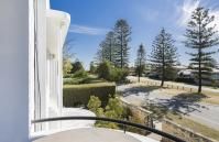 Cottesloe Beach Deluxe Apartment - Balcony - holiday accommodation rentals for short term stays in Perth