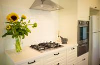 Cottesloe Californian Bungalow - Kitchen - holiday accommodation rentals for short term stays in Perth