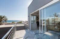 Cottesloe Beach House II - Balcony - holiday accommodation rentals for short term stays in Perth